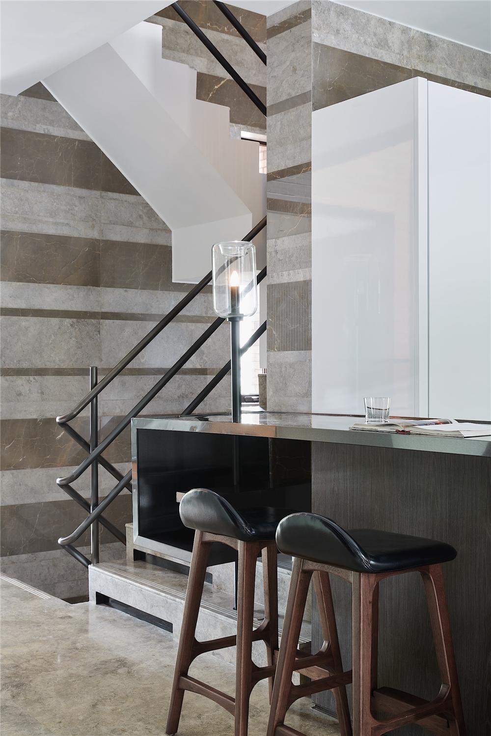 现代别墅装修吧台设计