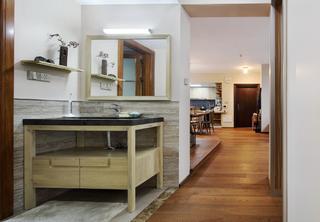 160平米三居室装修洗手台设计
