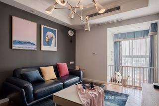 67平米二居室客厅沙发墙装修效果图