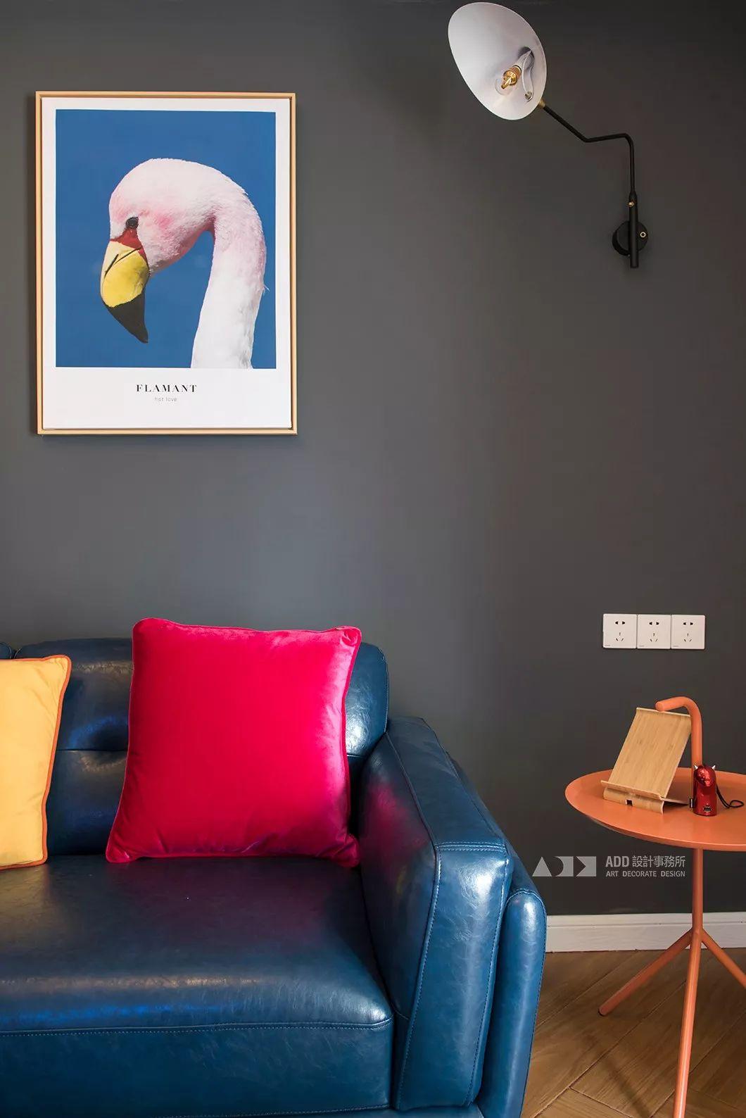 67平米二居室装修客厅一角