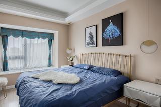 85㎡轻奢三居卧室装修效果图
