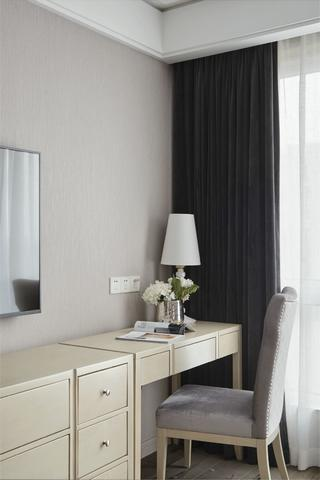 120平米三居室装修梳妆台设计