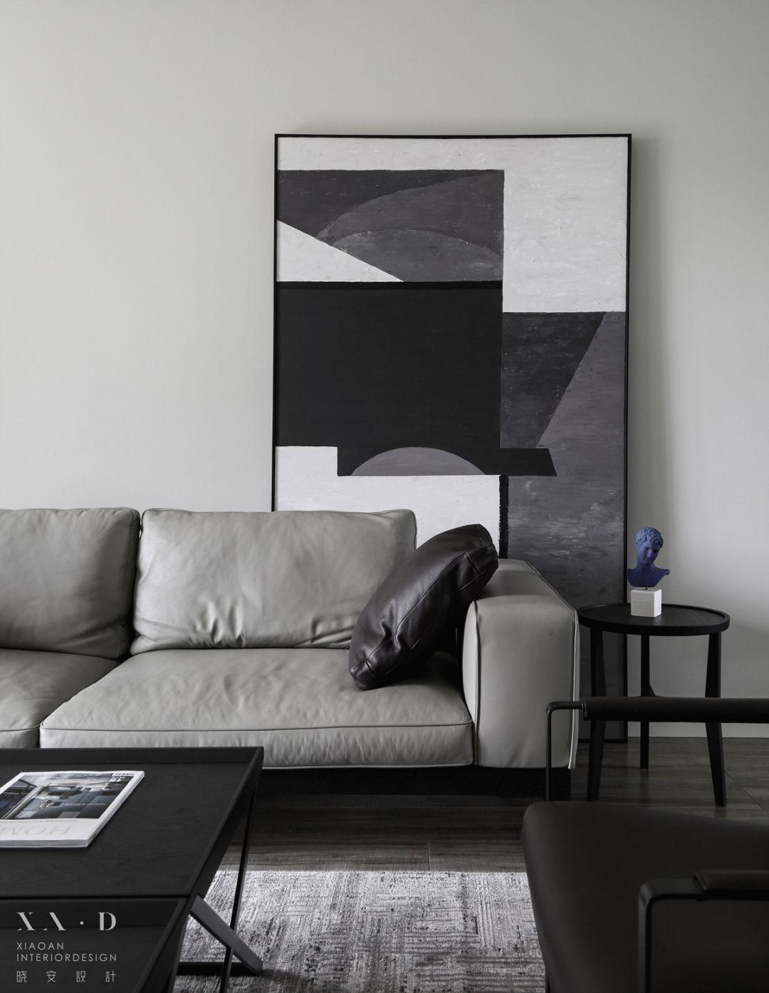 140平米三居室装修客厅沙发设计