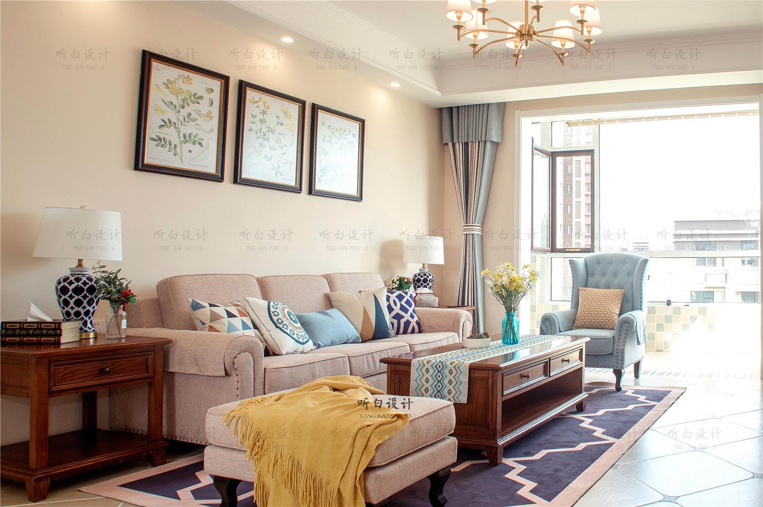 120平美式风格客厅沙发墙装修效果图