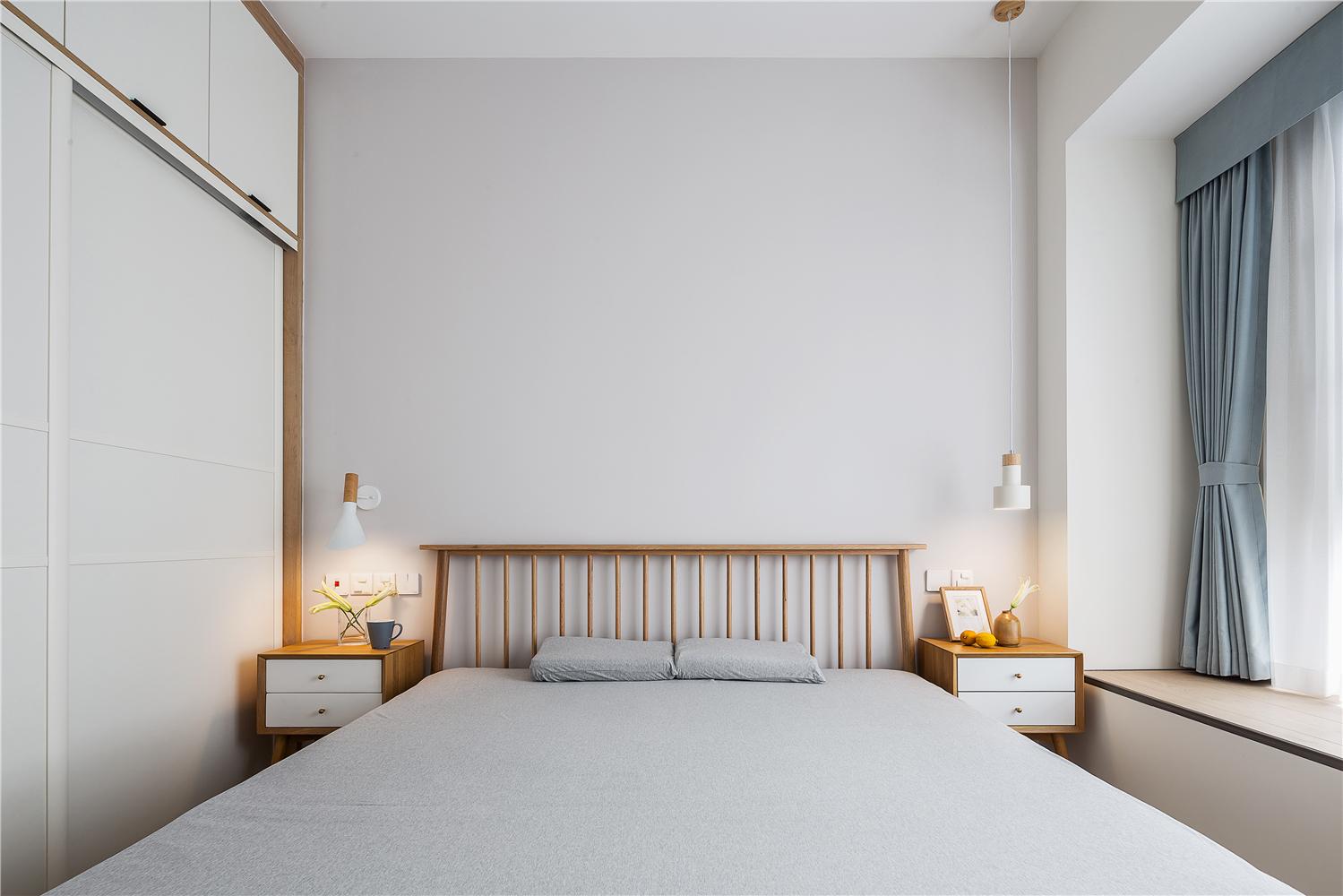 100平米三居卧室装修效果图