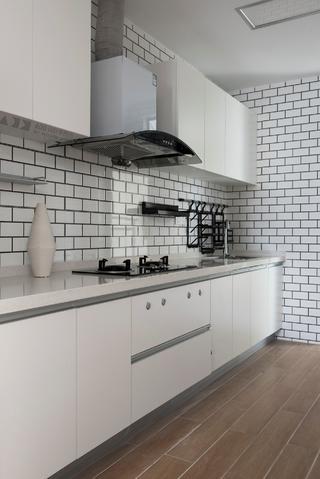 86平米两居室厨房装修效果图