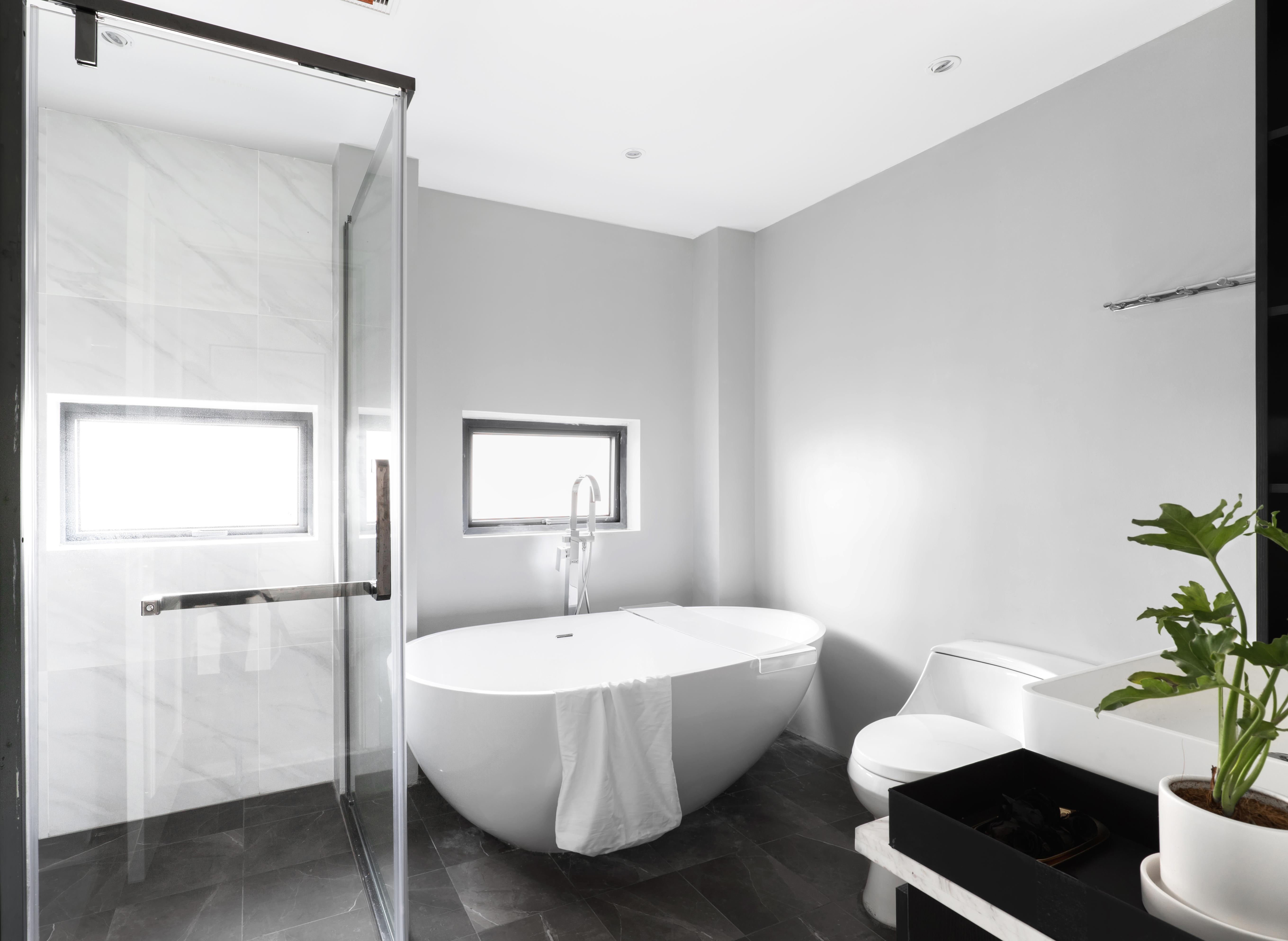 116平米三居室卫生间装修效果图