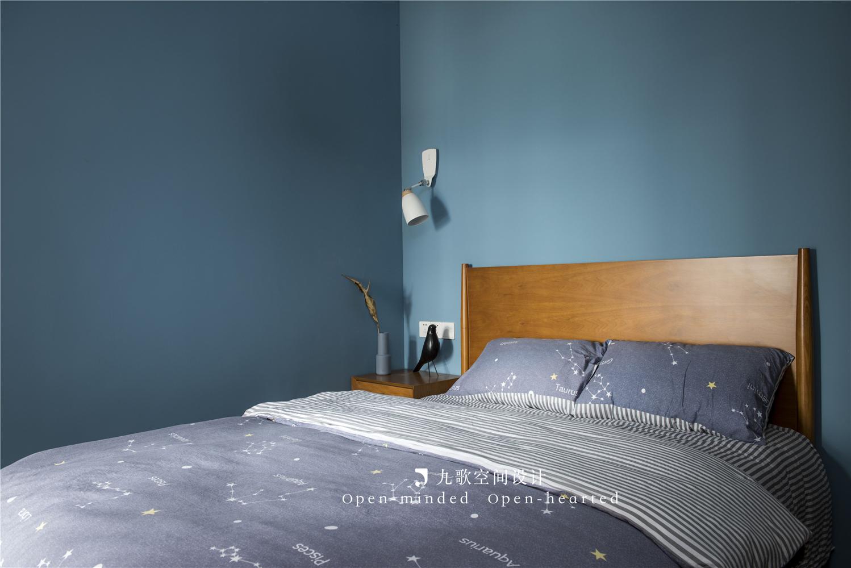 北欧风二居卧室装修搭配图