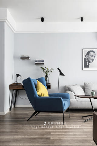 北欧风二居装修休闲椅设计