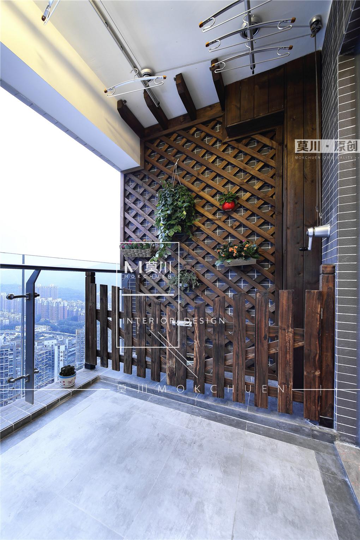 简美风格三居阳台装修效果图