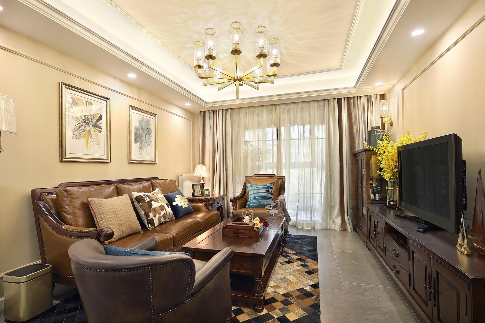 美式三居客厅装修效果图
