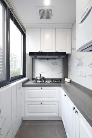 美式三居厨房装修效果图