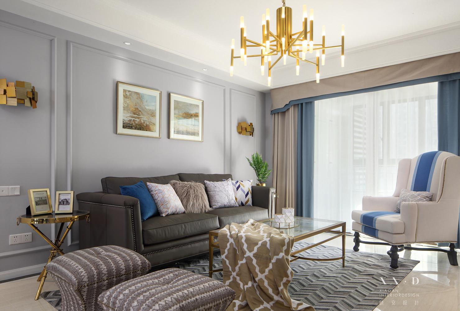 美式风格四居室客厅沙发墙装修效果图