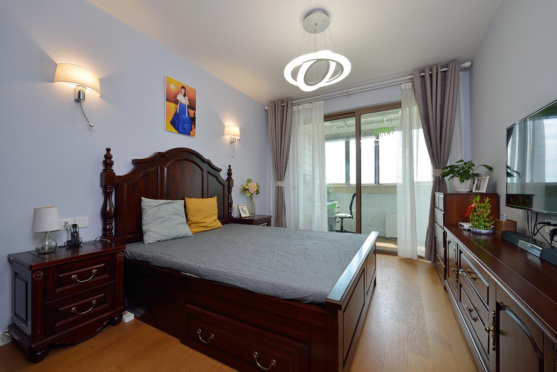 80平两居卧室装修效果图