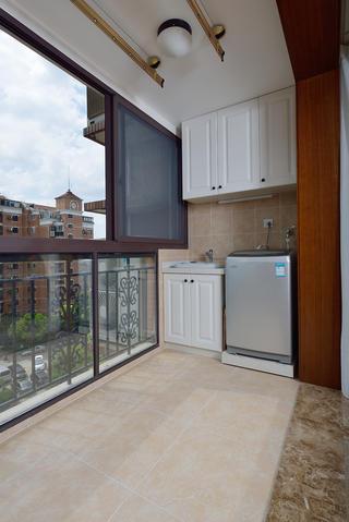 三居室美式风格阳台装修效果图