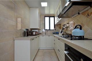 三居室美式风格厨房装修效果图