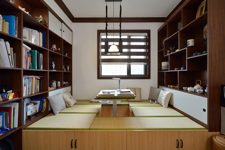 168㎡四居室榻榻米书房装修效果图
