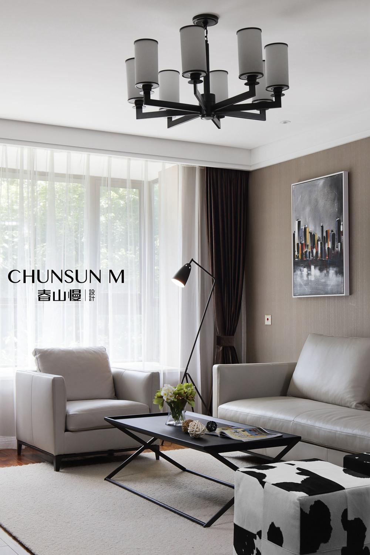 现代简约风格三居装修客厅吊灯设计