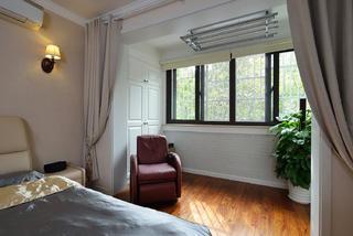 美式二居卧室阳台装修效果图