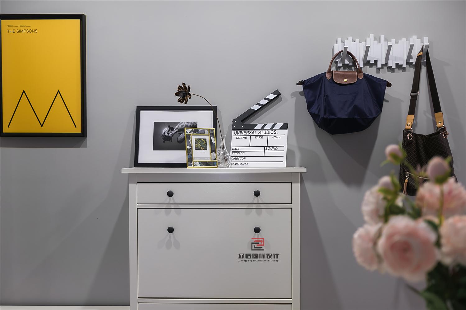 三居室北欧风装修鞋柜设计