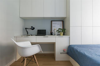 三居室北欧风装修书桌设计