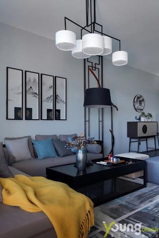 190平新中式装修客厅吊灯设计