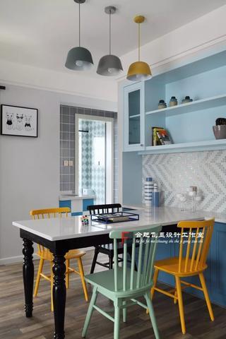 85平米两居室餐厅装修效果图