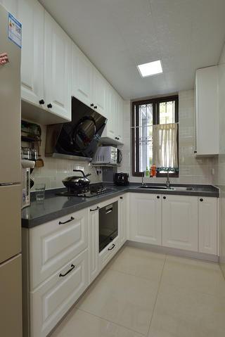 美式風格二居廚房裝修效果圖