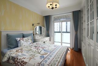 142平美式风格卧室装修效果图