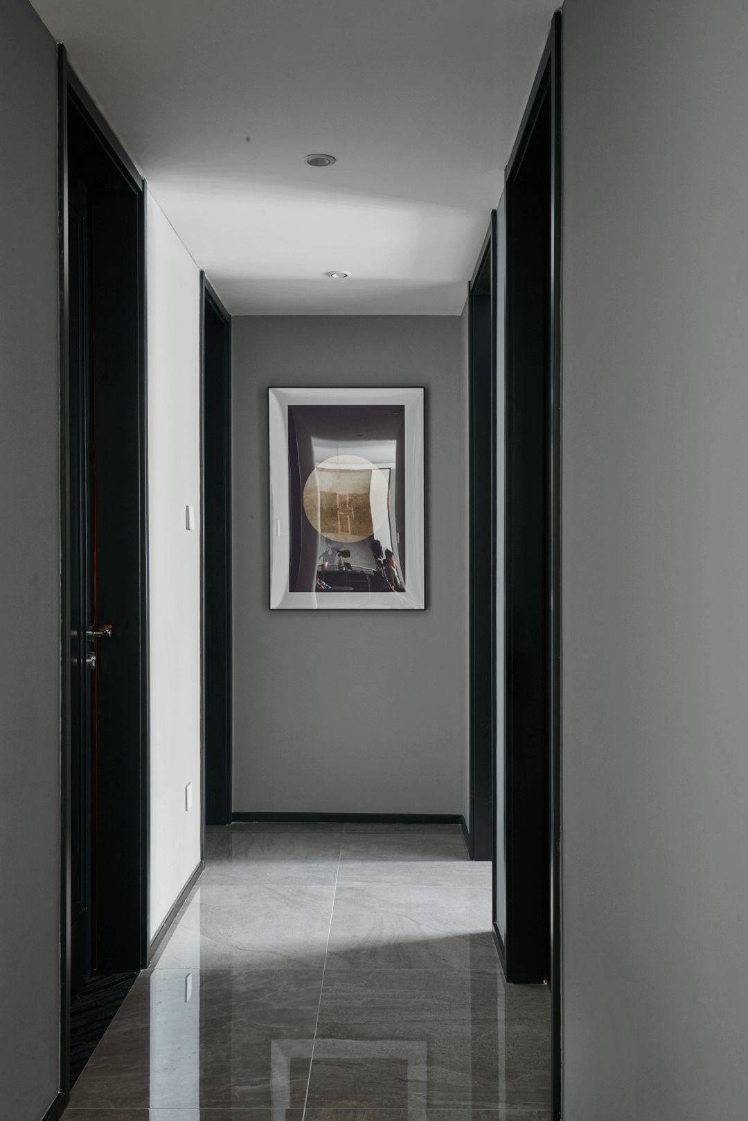 现代风三居走廊装修效果图