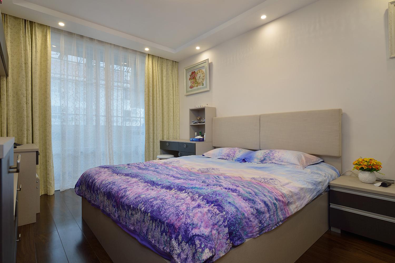 68平米一居卧室装修效果图