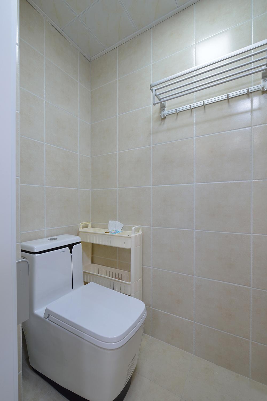 68平米一居室卫生间装修效果图