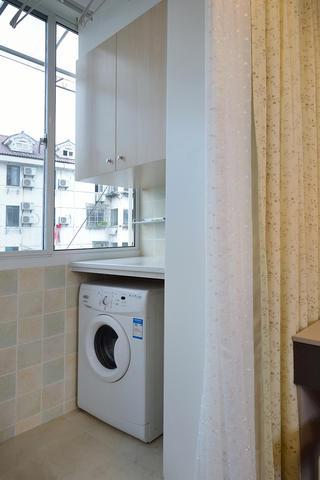 68平米一居室装修阳台设计