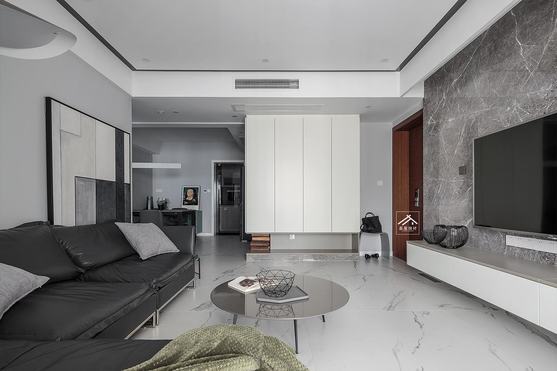 126㎡现代简约客厅装修效果图