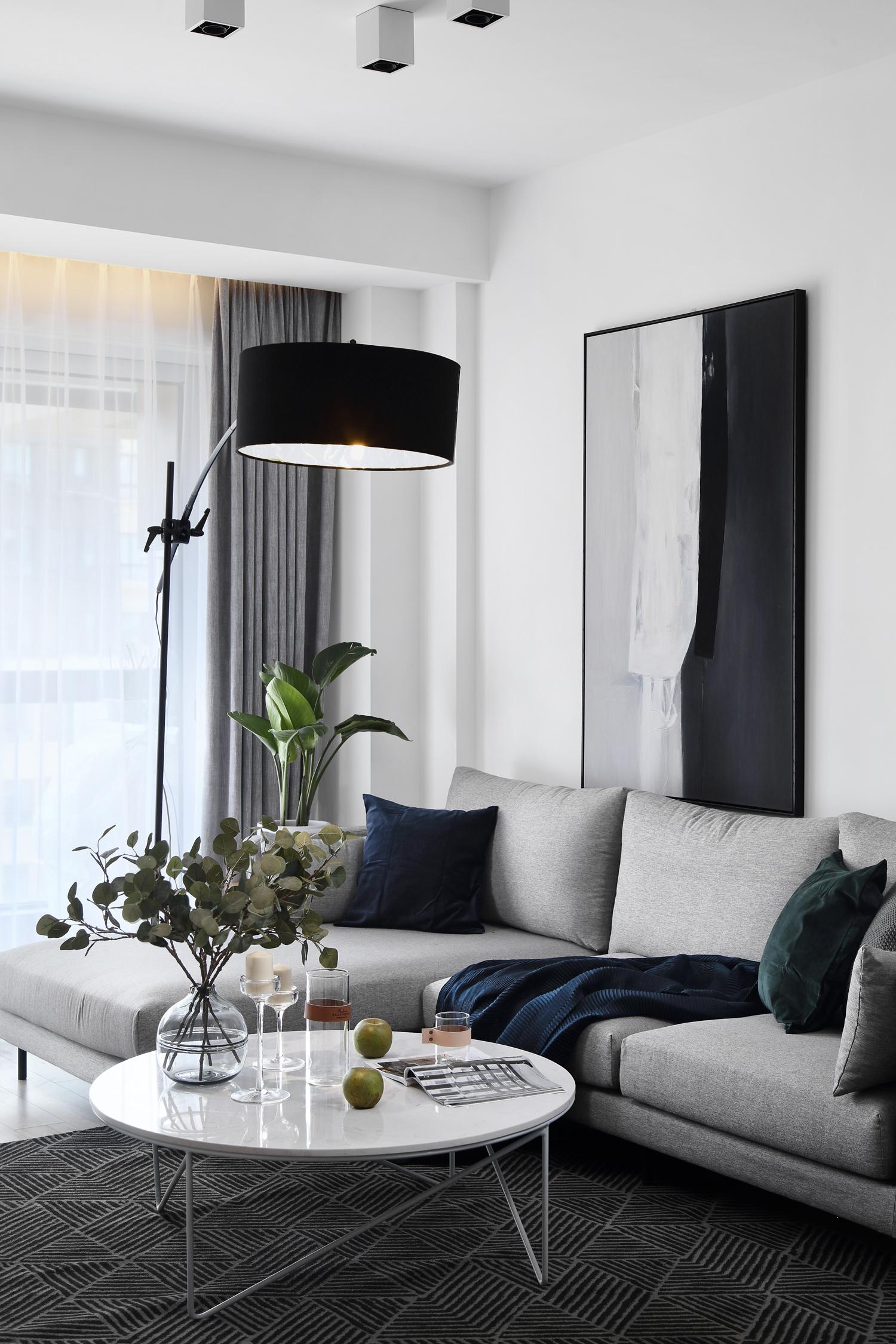 现代简约风格三居室装修茶几沙发设计