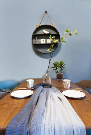76㎡北欧风格装修餐桌小景