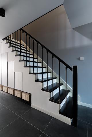 100㎡复式北欧风楼梯装修效果图