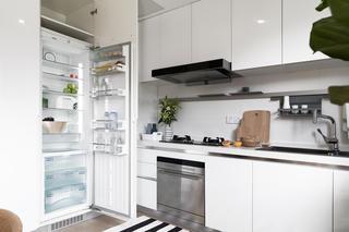 北欧风格四居厨房每日首存送20