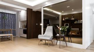 北欧风格四居装修镜面设计