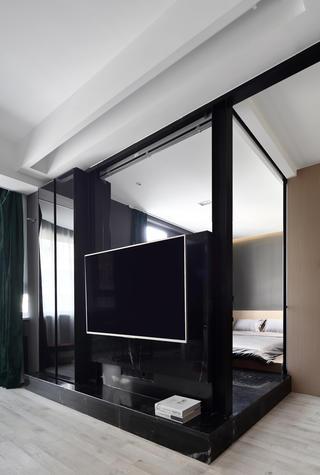 66平米小户型装修地台卧室设计