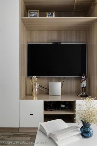 现代简约两居装修电视柜设计