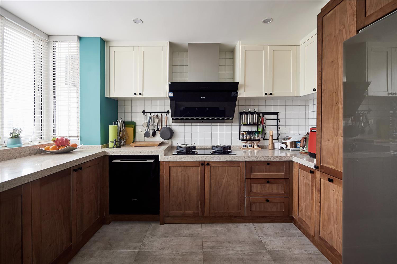 复式混搭风三居厨房装修效果图
