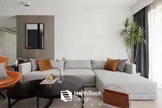 135㎡现代风沙发背景墙装修效果图