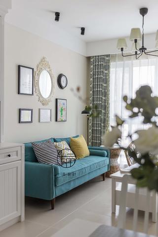80㎡北欧三居装修客厅沙发设计