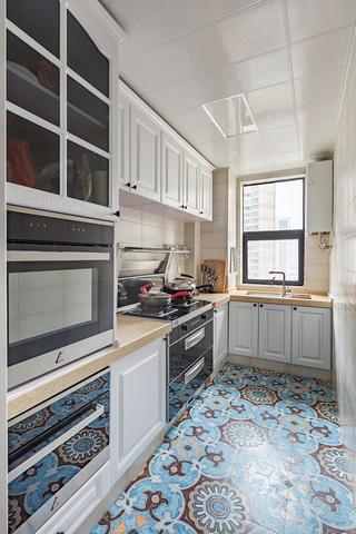88平美式風格廚房裝修效果圖