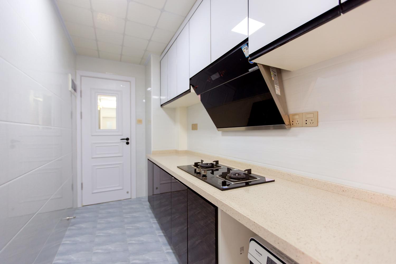 102㎡二居室厨房装修效果图