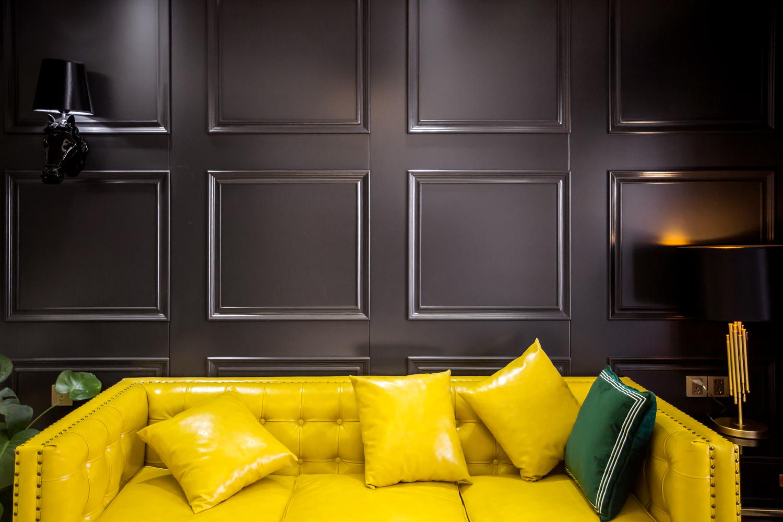102㎡二居室沙发背景墙装修效果图