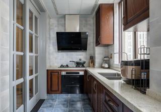 120平美式三居厨房装修效果图