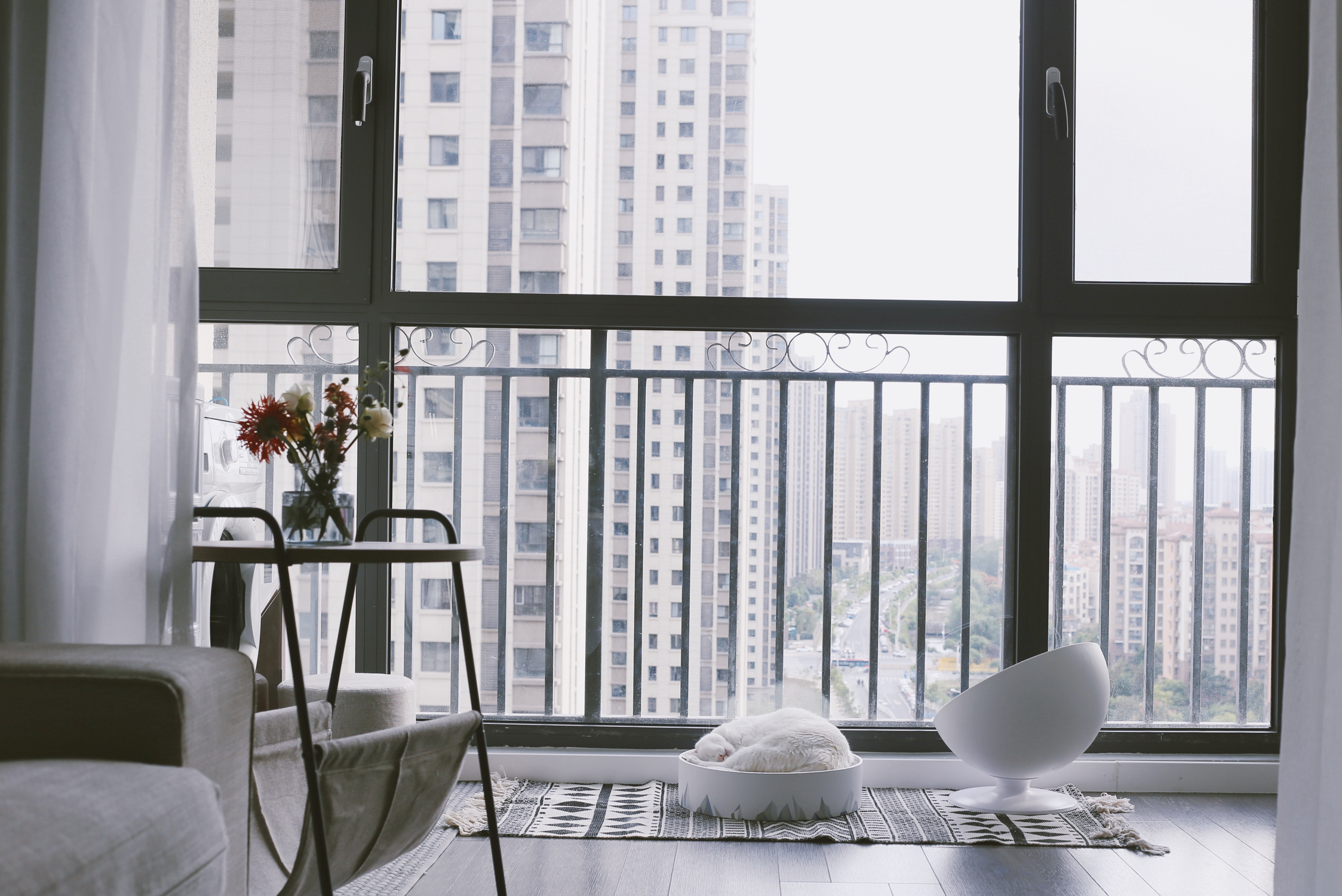 北欧风格二居室阳台装修效果图