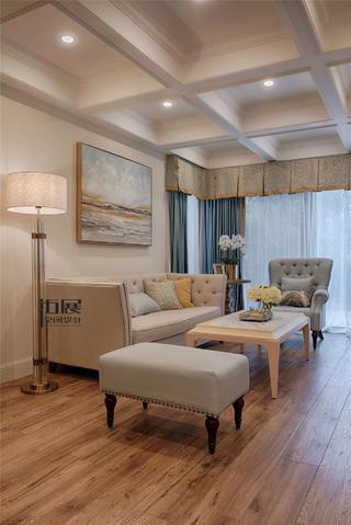 美式复式三居客厅吊顶装修效果图